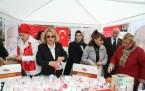 MHP İstanbul Kadınlar Günün'de Meydanlardaydı