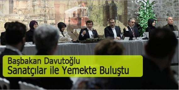 Başbakan Davutoğlu, Dolmabahçe'de Ünlü İsimlerle Bir Araya Geldi