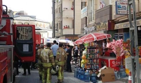 Esenyurt'taki bina yangınında can pazarı