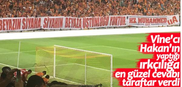 Galatasaray taraftarından Gomis'e destek